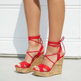 Kash's Pick :: Get your dose of summer brights with Lexie in Red